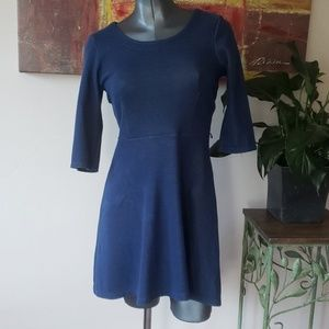 OLD NAVY 3/4 sleeve scoop neck A-line midi blue dr